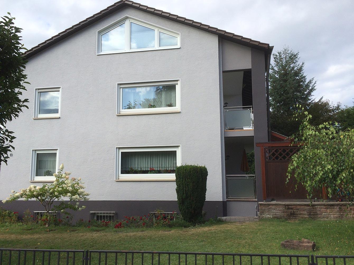 Fassade Grau Malerbetrieb Hagel